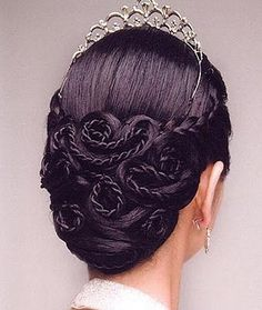 Pretty regal stuff with all those coiled braids.
