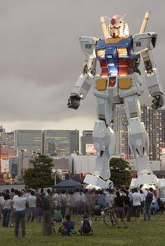 "giant life-sized Gundam RX-78 (currently in DiverCity Shopping Center - http://www.divercity-tokyo.com/en/), Odaiba ( お台場 ) / Minato ( 港区 ), Tokyo ( 東京 ), Japan ( 日本 ) [exact address ... 1-1-10 Aomi, Koto-ku, Tokyo] photo by ""AppuruPai"" on Flickr.com - 20June2009"