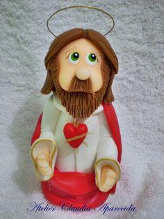 Sagrado Coração de Jesus modelado em biscuit com características infantis.  Elo7 - Atelier Claudia Aparecida