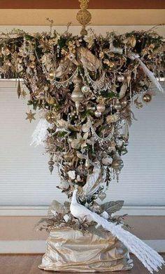 Alberi di Natale da soffitto - Decorazione oro e bianca