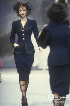 Christy Turlington - Chanel, Spring-Summer 1992, Couture