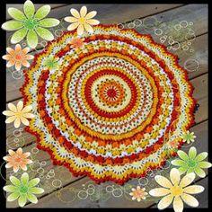 Paradisfrun Virkar: Mandala Summer Splendor Crochet Pillow Pattern, Knit Pillow, Crochet Hooks, Crochet Patterns, Crochet Mandela, Big Knit Blanket, Crochet Carpet, Jumbo Yarn, Big Knits