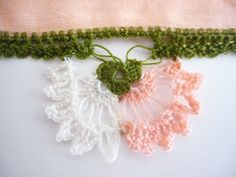 Handicraft vintage scarf / Turkish lace: OYA by TurkishAccessories