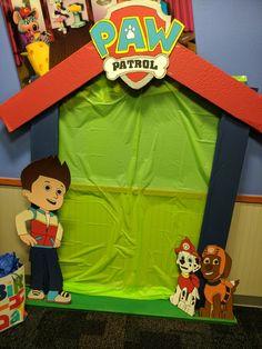 Paw Patrol party backdrop Boy First Birthday, 4th Birthday Parties, Birthday Ideas, Paw Patrol Birthday Decorations, Cumple Paw Patrol, Puppy Party, Backdrops For Parties, First Birthdays, Twins