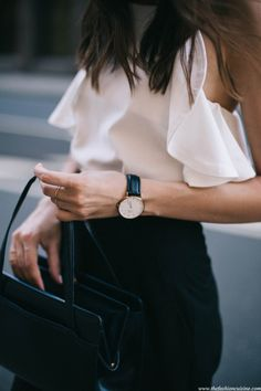 Get ready for that business meeting: make sure you're on style time. #TheJewelleryEditorLoves #WatchesForHer