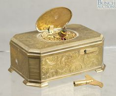 """Engraved brass singing bird music box, body with overall foliate engraved with 2 birds on lid, base marked """"Ken-D / K. on Oct 2012 Bird Boxes, Automata, Sound Of Music, Trinket Boxes, Singing, Decorative Boxes, Auction, Music Boxes, Birds"""
