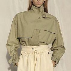 Cool Street Fashion, Street Style, Fashion Design Template, Fashion Outfits, Womens Fashion, Jeans Style, Fashion Details, Couture Fashion, Autumn Winter Fashion
