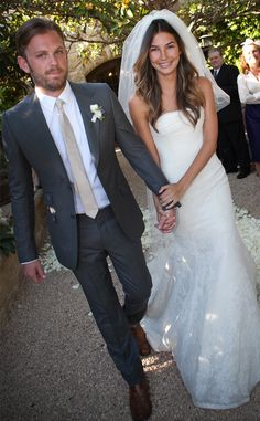 Check out our gallery to see famous brides who married in Vera Wang (Lily Aldridge looks gorgeous in this simple, lacy confection). | E! Online