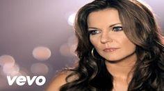 martina mcbride i'm gonna love you through it - YouTube