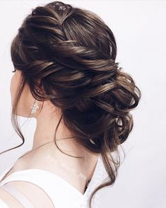 messy updo hairstyle ,swept back bridal hairstyle ,updo hairstyles ,wedding hairstyles #weddinghair #hairstyles #updo #hairstyleideas #hair #updo #weddinghairstyles