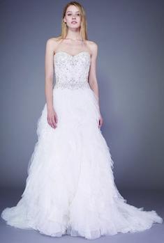 5ed23c791d79 Badgley Mischka Bridal Fall 2016 Collection - Vogue 2016 Wedding Dresses,  Sweet Wedding Dresses,