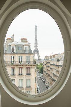 Une fenêtre à Paris…