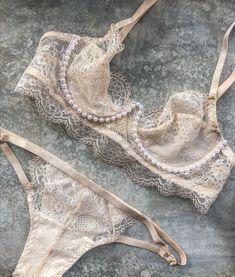 Best Lingerie, Pretty Lingerie, Vintage Lingerie, Beautiful Lingerie, Lingerie Set, Cute Underwear, Sexy Corset, Lingerie Collection, Women Wear