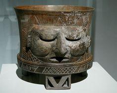 Vasija trípode con deidad. Teotihuacan Exposición.