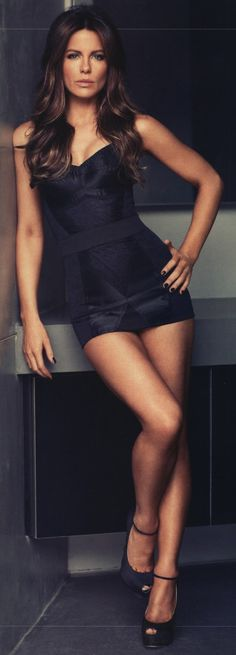 Kate Beckinsale - she is so gorgeous! - little black dress