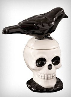Raven Skull Salt & Pepper Shakers
