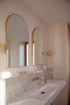 Bathroom Interior Design, Interior Modern, Home Interior, Interior Decorating, Interior Colors, Interior Paint, Bathroom Renos, Small Bathroom, Master Bathroom
