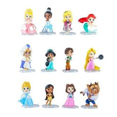 Which Disney Princess toy will your kid get? And that's not all that's inside -- also included is a comic strip depicting amusing stories of kids' favorite Disney Princesses and their friends! Disney Princess Cookies, Vintage Disney Princess, Disney Princess Snow White, Princess Games For Girls, Disney Princess Games, Minis, Box Surprise, Princess Theme Party, Popular Kids Toys
