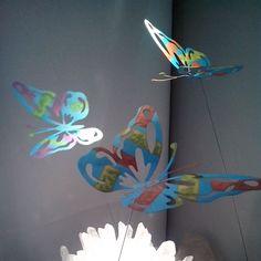 """ANIMA""- Butterflies of Wishes- Art 4 Meditation and Soul Session Meditate with us...!""Μου το πε μια Πεταλούδα"" ...Έργο του εικαστικού Στέλιου ΔιαμαντάΗ Κάθε πεταλούδα φέρει το δικό της μήνυμα! Πάνω σε μια ""διάφανη"" βάση πλεξιγκλάς αιωρείται έτοιμη να πετάξει... ή σχεδόν πετάει ...""Μου το 'πε μια Πεταλούδα""...όχι όποια όποια... Του Στέλιου Διαμαντά... και έγινε Διαλογισμός... Και έγινε ""Προσευχή"" ...τα τσόφλια από το κουκούλι έσπασαν... και η Πεταλούδα με έμαθε να Πετάω!!! Και η ενέργεια…"