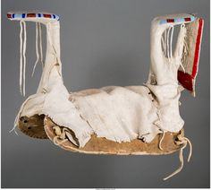 Crow parade saddle, view 2