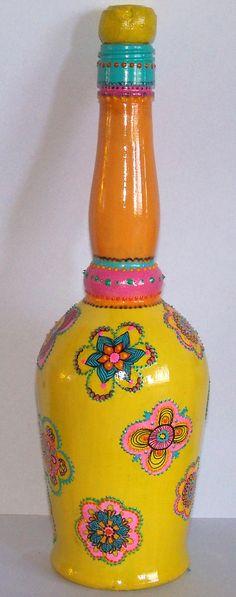 botella pintada a mano, $150 en http://ofeliafeliz.com.ar
