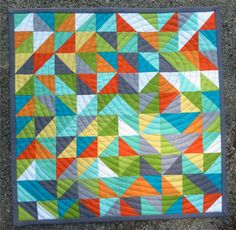 ChalkTalk from Pink Chalk Fabrics - QuiltCon Mini Quilt -VERY INTERESTING HOW THIS IS QUILTED, IN A CIRCLE