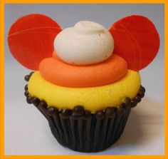 Candy Corn Cupcake in Disneyland!!