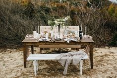 Coastal modern wedding table | Sarah D'Ambra Photography