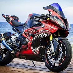 leelo wey no se como describirlo love😘😘 # Fanfic # amreading # books # wattpad Bmw S1000rr, Moto Bike, Motorcycle Bike, Duke Bike, White Motorcycle, Bmw Sport, Futuristic Motorcycle, Bmw Autos, Cool Motorcycles
