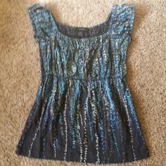 Tank Top Multiple blue floral design cotton shirt with elastic waist and around neck and arms Calvin Klein Tops Tank Tops