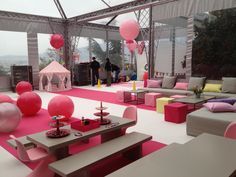 Pink and white party!