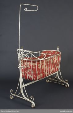 Bassinet, Bed, Furniture, Home Decor, Homemade Home Decor, Baby Crib, Stream Bed, Home Furnishings, Cot