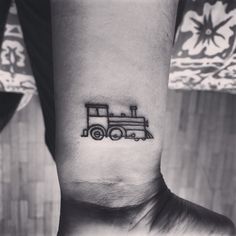 This would be cool, but longer and black like the one in long black train by josh turner, that was my grandpa s favorite song and every time I hear it I can hear his voice singing it Hd Tattoos, Mini Tattoos, Body Art Tattoos, Small Tattoos, Cool Tattoos, Tatoos, Quote Tattoos, Family Tattoos, Back Tattoo Women
