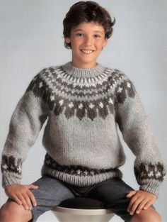 boys kids icelandic sweater, photo from tricot selection knitting pattern, fuzzy fluffy childs childrens lopapeysa nordic