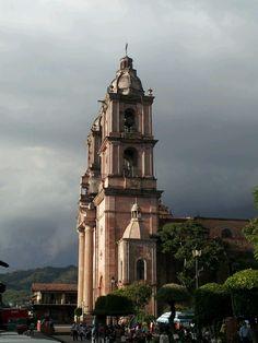 Iglesia de San Francisco de Asís, centro