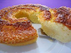 Aprenda de forma rápida uma ótima receita de Bolo Queijadinha. Sabe aquela queijadinha que você encontra em qualquer padaria e que faz parte da nossa