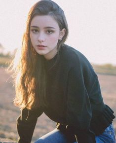 Dasha Taran (II) pictures and photos Girl Face, Woman Face, Chica Cool, Western Girl, Female Character Inspiration, Aesthetic Girl, Tumblr Girls, Ulzzang Girl, Pretty Face