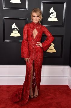 Red Hot from Fashion Police: Grammys 2017 Carrie Underwood looks incredible in this red Elie Madi dress at the Grammys. Carrie Underwood, Celebrity Red Carpet, Celebrity Style, Popsugar, Mixtape, Grammys 2017, Looks Party, Vogue, Glamour