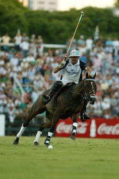 Adolfo Cambiaso, de La Dolfina, en la final de polo argentino en diciembre pasado, en Buenos Aires.
