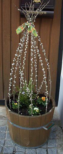 Der Frühling kommt: tolle Blumen-Deko für draußen.
