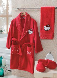 Hello Kitty, yatak odası ve banyonun tüm enerjisini değiştirmeye hazır! Canlı renkleri ve özel tasarımlarıyla Hello Kitty, miniklerin dünyasına özel olarak tasarlandı. 4-12 yaş arasına uygun, renkli çocuk bornozu, O'nun banyo keyfini iki katına çıkaracak. Tek bornoz $42.90 Free Shipping (Türkiye'nin her yerine ücretsiz kargo) Online Shopping www.evdenemoda.com Detaylı bilgi ÖlçülerTek bornoz Malzeme bilgisi% 100 pamuk Çok özel nakış Şalyaka %100 su çekim gücü
