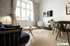 """Ideelt toværelses """"byhus"""" på det smukke Christianshavn Andreas Bjørns Gade 24, st. tv., 1428 København K - Ejerlejlighed #ejerlejlighed #ejerbolig #kbh #københavn #christianshavn #selvsalg #boligsalg #boligdk"""