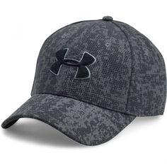 Under Armour Men's UA Printed Blitzing Stretch Fit Cap Under Armour Outfits, Under Armour Men, Mens Fashion Winter Coats, Man Logo, Fitted Caps, Cool Hats, Mens Caps, Hats For Men, Women Hats