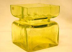Riihimäen lasi, Helena Tynell, Pala-maljakkosarja Sandblasted Glass, Lassi, Vintage Dishes, Nordic Design, Glass Collection, Stained Glass Windows, Glass Design, Retro, Glass Bottles