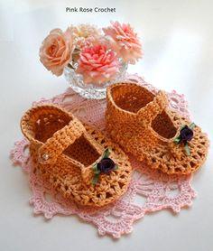 PINK ROSE CROCHET /: Sapatinho Boneca - Crochê para Meninas pinkrosecrochet.blogspot.co... ♡