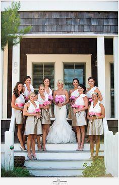 LOVE those bridesmaids dresses!!!!!!!