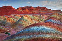 Magical Rainbow Mountains at the Zhangye Danxia Landform Geological Park in Gansu , China Zhangye Danxia Landform, Beautiful World, Beautiful Places, Amazing Places, Amazing Things, Colorful Mountains, Rainbow Mountains, Photoshop, China