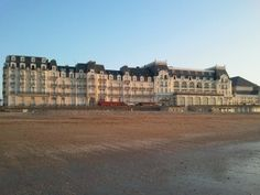 Beau+2+P+lumineux+dans+residence+du+grand+hotel+avec+vue+mer+++Location de…