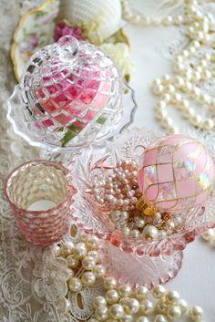 ♡ SecretGoddess ♡ www.pinterest.com/secretgoddess/ Whites, cream, pinks and greens.
