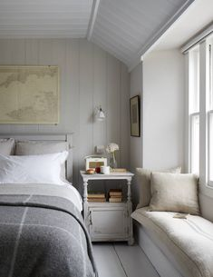 Idyllic coastal cottages to rent - cottage bedroom Farmhouse Master Bedroom, Home Bedroom, Modern Bedroom, Gray Bedroom, Serene Bedroom, Loft Bedroom Decor, Adult Bedroom Decor, Bedroom Neutral, Trendy Bedroom